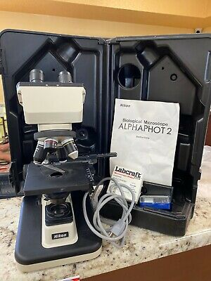 Nikon Alphaphot-2 YS2 Microscope w/ carrying case and slides