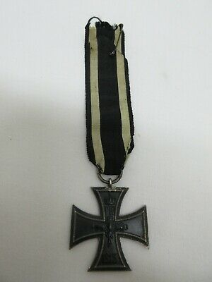 WW1 German Iron Cross Vaulted 2-Sided Medal Marked 800 with ribbon