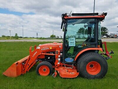 2017 Kubota B3350HSDC 4Wd - Cold weather package - Cab heat/AC