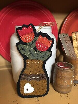 Antique Primitive Old Country Wool Applique Flower Hanging Wreath Sitter