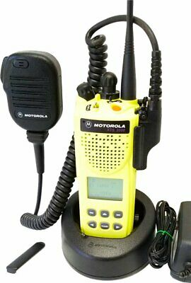 Motorola ASTRO Digital XTS3000 Model II 800MHz Two Way Radio Smartnet Smartzone