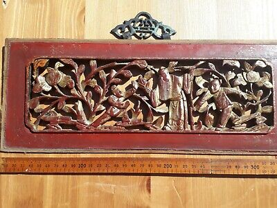 ANTIQUE c1890 CHINESE HAND CARVED WOOD &  LACQUERED PANEL of FIGURES & plants