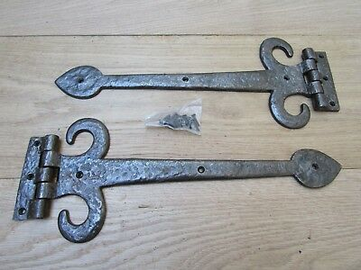 """PAIR OF 14"""" SPEAR HEAD WITH CURLS door t tee hinges old English cottage style"""