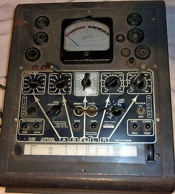 Hickok 530 Tube Tester  Powers Up (1940) Clean! Good Roll Chart 1940 Uncommon