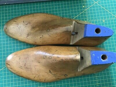vintage wooden shoe lasts 1960s British size 9 classic style