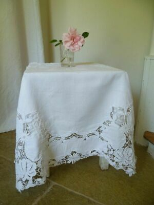 ~*Exquisite Vintage Cutwork & Embroidered Tablecloth~*