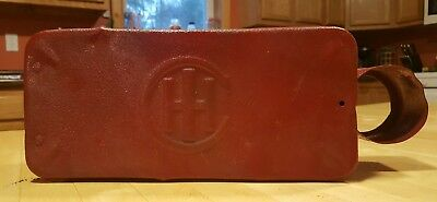 VTG IH International Harvestor Tool Box w/oil can holder VERY NICE CONDITION