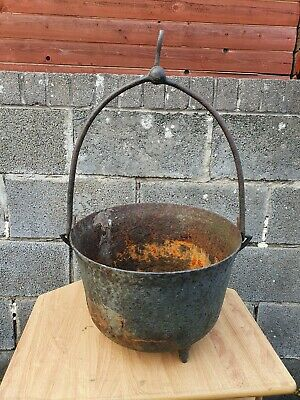Vintage Cast Iron Gypsy Pot. 3 footed gypsy cooking pot . Garden planter