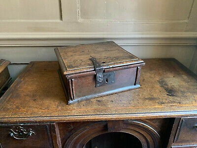 17th century oak box of good colour & rare proportions ex Bill Stokes collection