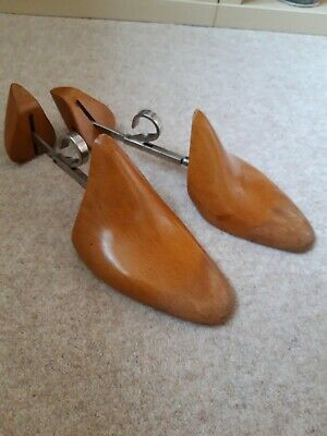 Vintage Wood and Metal Shoe Stretchers Trees Lasts Shapers Cobblers size 10.5 44
