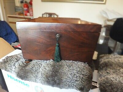 Antique Large Georgian Mahogany Tea Caddy With Two Removable  Interior Caddies