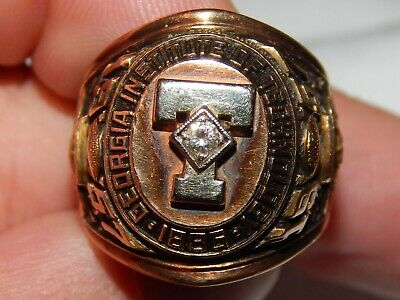 1957 Georgia Institute Of Technology College Football  10K Ring..