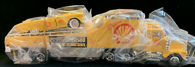 Formula Shell Motor Oil Truck In Box (CL)