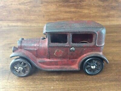 Vintage Cast Iron Ford Model A Sedan Toy Car Arcade Rare Model 118 Hubley
