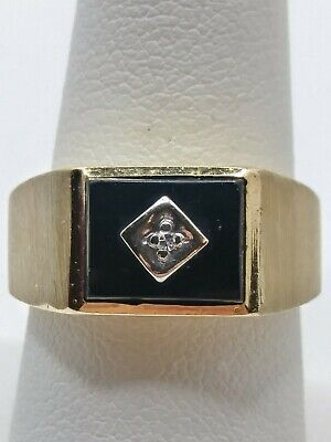 Mens 10k Solid Yellow Gold 10x7.5mm Black Onyx w/ Diamond Accent Ring Size 7.75