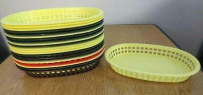 LOT 22 Plastic Oval 10 X 7 Food Baskets trays serving fast sandwich snack