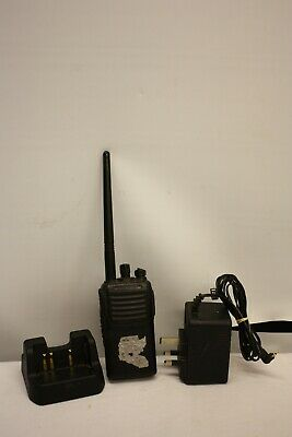 Vertex Standard Vx231 Radio Station Transceiver & Desktop Charger Cd-47