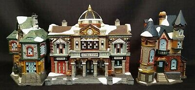 Vintage Ceramic  3 Pc Christmas Village House Light Up Lighted