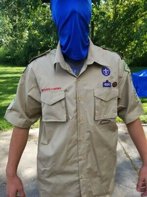 Boy Scout Shirt Adult Large NICE! BSA Boy Scouts of America Patches
