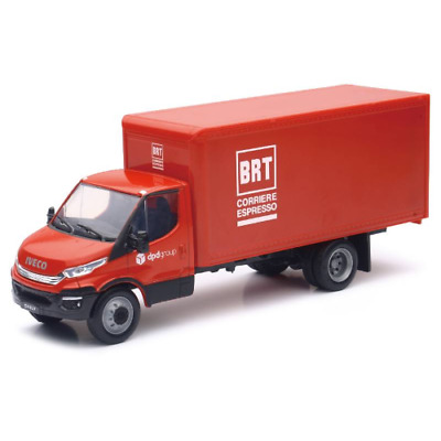 New-Ray 1:32 Iveco Daily Asstd