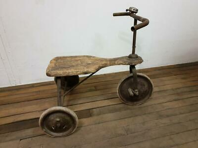 Tricycle - Jouet ancien