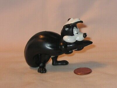 Pepe Le Pew wb PVC Tail hold Ornament WArner Brothers Looney Tunes Bros Peppy