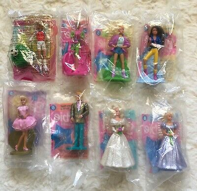 COMPLETE SET of 8 BARBIE and Friends//McDonald/'s Happy Meal Toys SEALED!! MINT