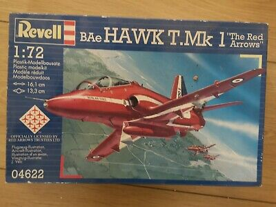 """Revell Model Kit BAe Hawk T.Mk 1 /""""The Red Arrows/"""" 04622 1:72 Scale NEW"""