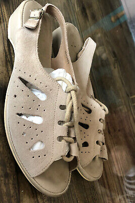 Vintage Size 6.5 Eu 39.5 Beige Suede Sandals Flats Sling Back Adjustable Tie Up