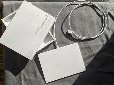 Apple  Magic (MJ2R2LLA) Trackpad 2 with Lightining Cable - White