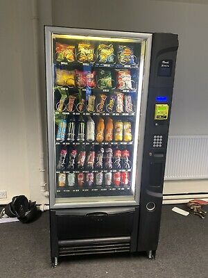 Decent & Cheap Vending Machine inc new £1 mech. Nayax Contactless Payment