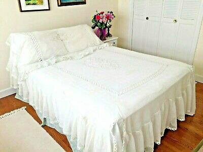 Exquisite TAMBOUR NET LACE COVERLET Ecru Chain Stitch Spread with Pillow Shawl
