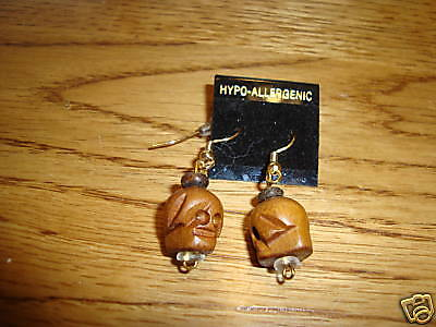 Skull head wooden hand carved earrings tiki carvings retro NEW Goth