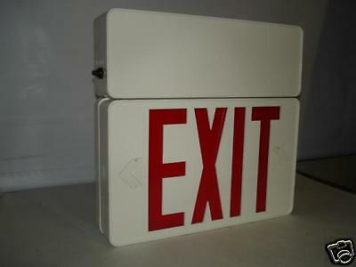 Chloride Systems Discovery Series Exit Sign 175624