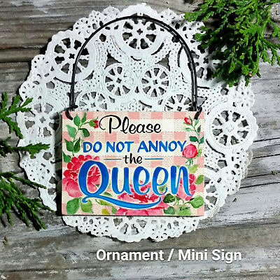 DECO Mini Sign QUEEN Bedroom Office Shabby Cottage Style Chic Wood Ornament NEW