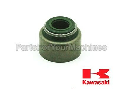 GENUINE KAWASAKI OIL SEAL, p/n 92049-7001, 920497001, FH381V-FH721V, LAWNMOWERS