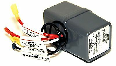 VIAIR Air Pressure Switch & 40A Relay Combo 110psi ON by 145psi OFF 90111