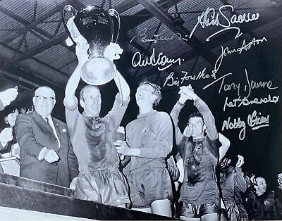Manchester United 1968 European Cup Final Photo Signed By 8 Charlton Coa Proof