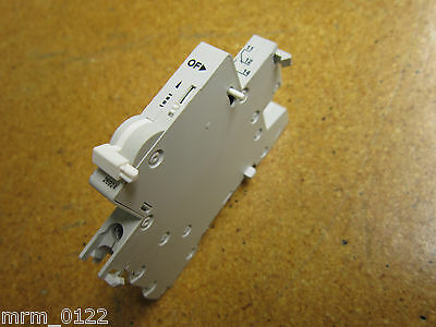 Merlin Gerin 26924 AUXILIARY CONTACT SWITCH 3AMP 415VAC Gently Used
