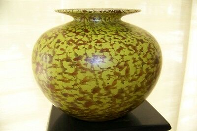 Magic Sands Peter Vizzusi Studio Art Glass Vase, Lime Green Reddish Brown, 5.75""