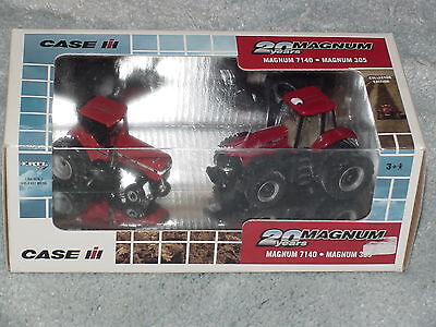 Ertl 1/64 Case Ih International Harvester 7140 And 305 Magnum Tractor Ce Set
