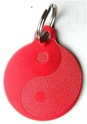 MEDAILLE gravée ROUGE ying yang CHIEN collier harnais gravure offerte