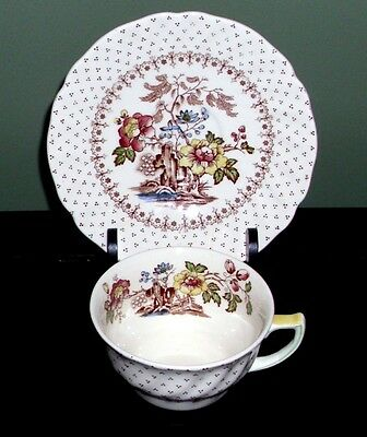 Royal Doulton ~ Grantham D5477 ~ Cup & Saucer Set ~ Great Condition