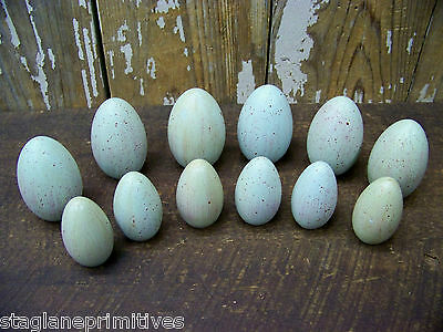 Primitive Set Lot 12 Decorative Easter Robin Speckled Eggs Wood Wooden Painted