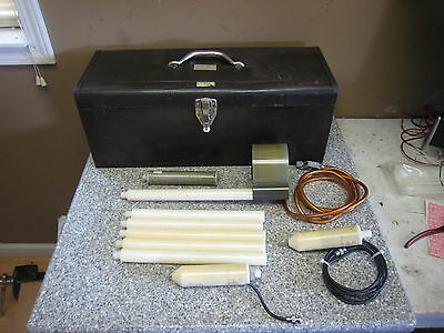 Ross Engineering VM25-A Hi-Z Voltmeter w/ Probes & Extensions Used