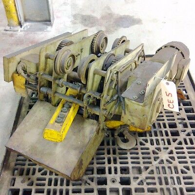 Chester Elm 1535 2 Ton Electric Worm Drive Hoist With Trolley