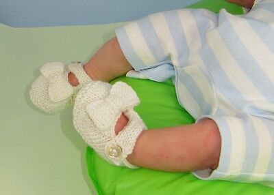 Printed Knitting Instructions-Baby Bow Sandals (Booties)Bootees Knitting Pattern