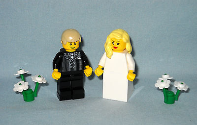 NEW LEGO WEDDING LT TURQUOISE HEART CAKE TOPPER FOR BRIDE AND GROOM MINIFIGURES