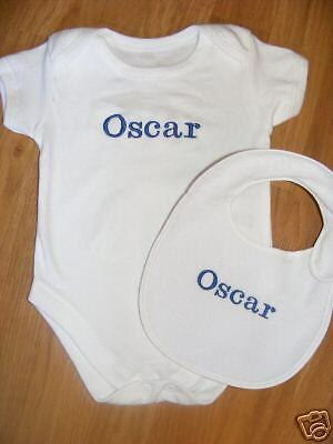 Quality Baby Vest & Bib set PERSONALISED Fab Gift! * *