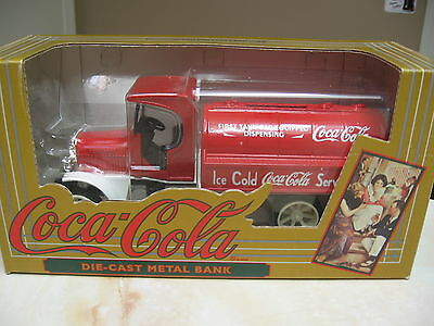 Coca Cola Kenworth Tanker  Die Cast Metal Bank-  Nib 1994 - Ertl